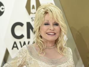 Dolly Parton Reveals She Invested Her Royalties From Whitney Houston Cover in Black Neighborhood