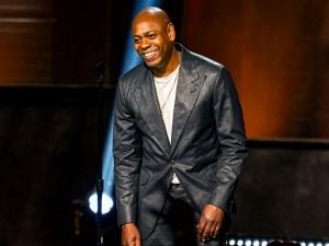 Chappelle Shades Hannah Gadsby While Taking Hard Line about Trans Controversy